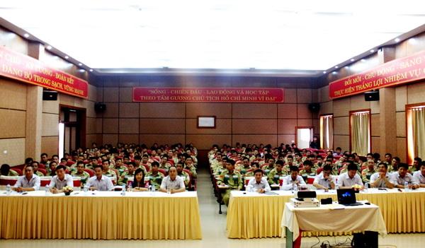 Kết quả hình ảnh cho HUAN LUYEN AN TOAN LAO DONG